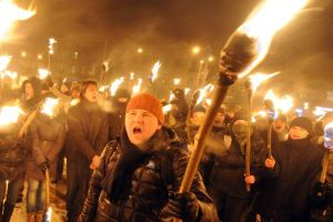 ukranian-city-of-lviv-anniversary-parade-torch-2012
